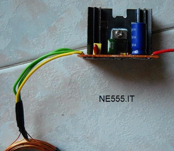 Alimentatore Wireless trasmittente montato