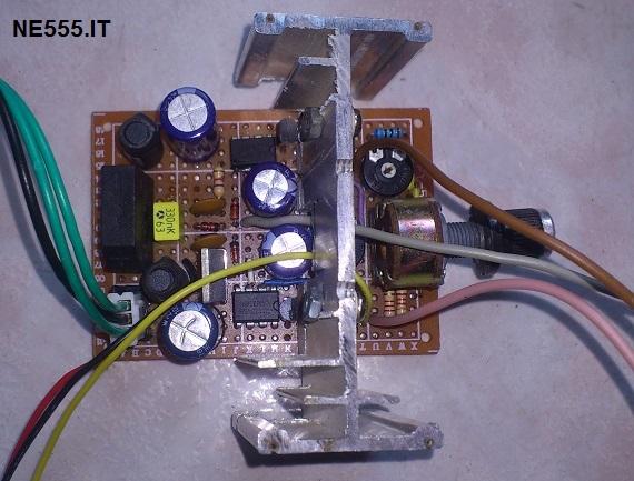 particolare pcb Alimentatore Duale Regolabile da 1.5V a 20V, 5A