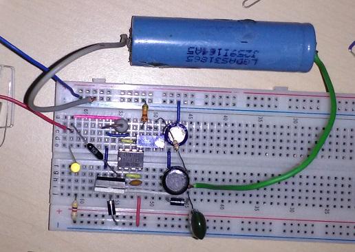 Schema Elettrico Per Carica Batterie Al Litio : Caricabatterie al litio con energia solare ne555